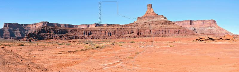 Panorama - Desert Canyon Vista, Shafer Trail,<br /> Canyonlands National Park, Utah