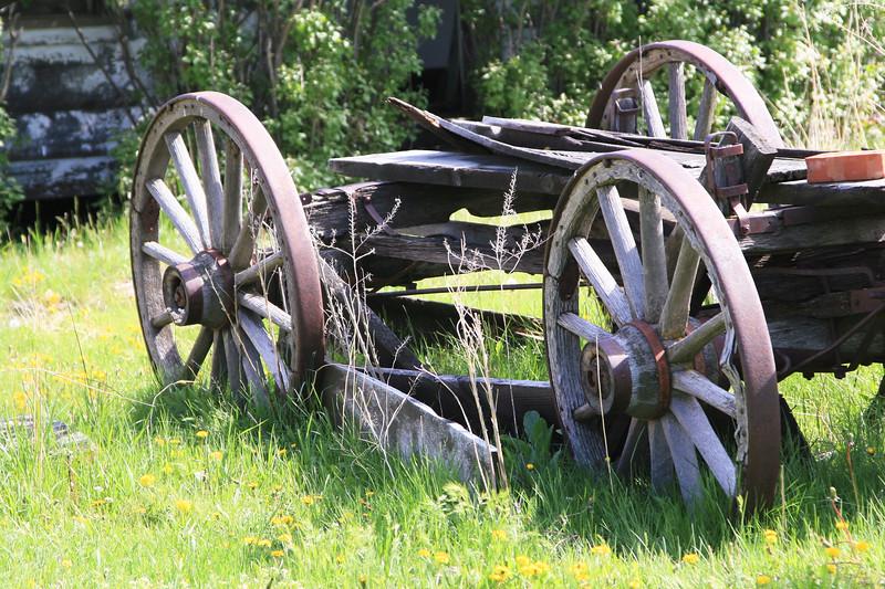 Old buckboard wagon from the 1800s