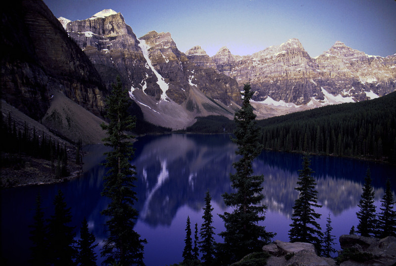 Sunrise, Lake Moraine, Banff National Park, Canada