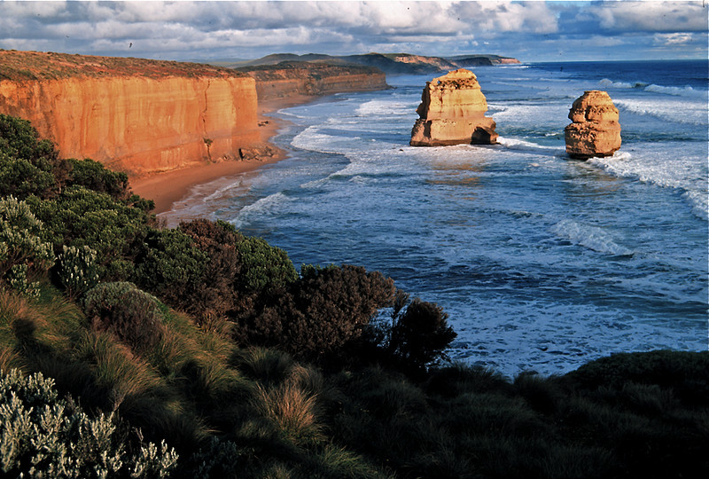 Coastline at the 12 Apostles Marine National Park, Victoria, Australia