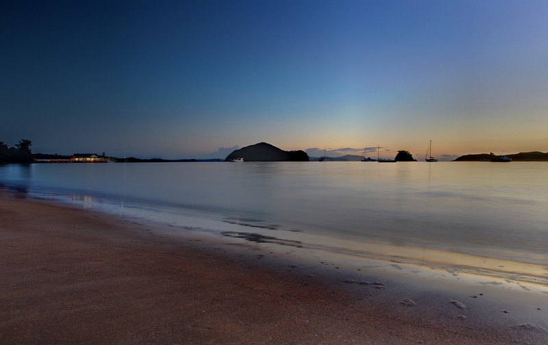 Sunrise on the Bay of Islands