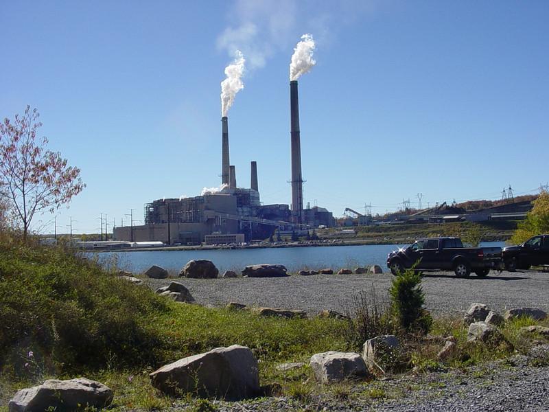 Mount Storm power plant. Mount Storm WV. Oct 21, 2007.