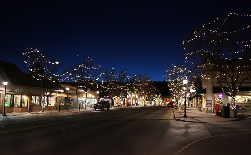 A clear December evening in Estes Park, Colorado.