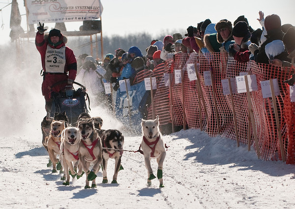 TRBG-10003: Start of the John Beargrease Sled dog Marathon