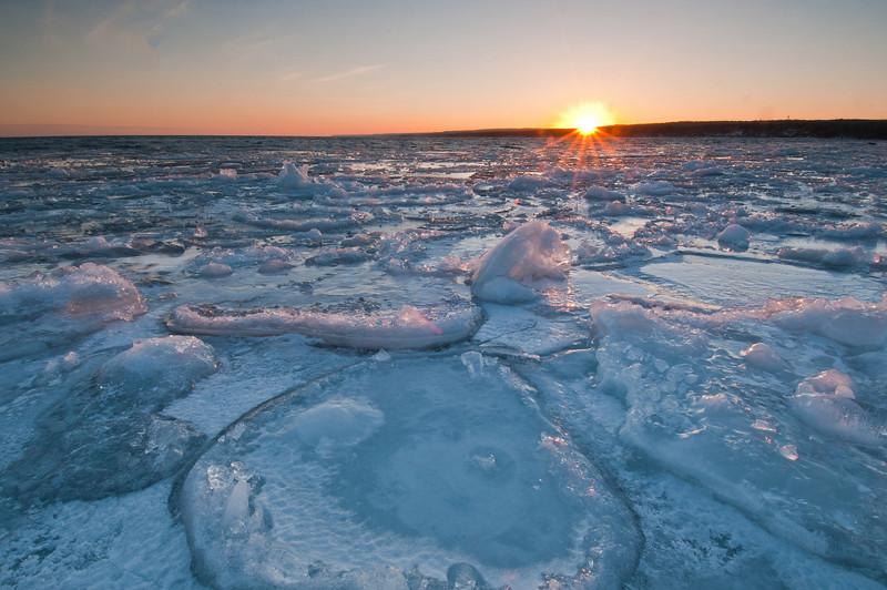 MNWN-11224: Winter ice Stoney Point Road on Lake Superior
