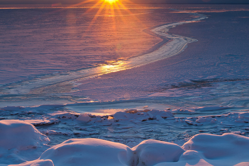 MNWN-11044: Duluth Harbor sunrise