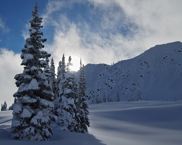 Ridge of melting faces and the meadows of Sunrise Lodge
