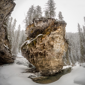 'Balance' - Nature makes some interesting shapes, this bend in Johnston Canyon is one of the classic views that I finally had the pleasure of hiking into with Darcy Evans Photography.