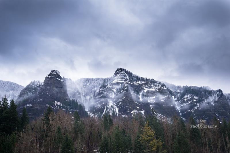 Gorge Bluffs--5270