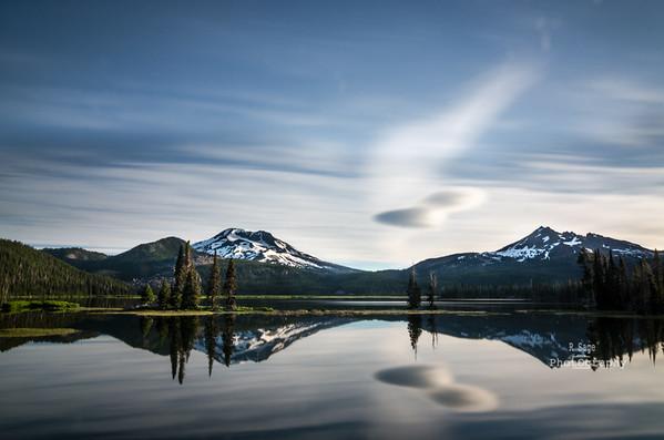 sparks lake reflection -3840