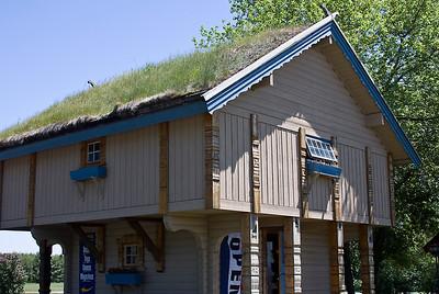 Grass roofed houses in Door County