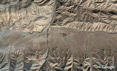 WoGE #120  After Brian's WoGE #119 in the Eastern Precordillera of Argentine, here comes the next WoGE challenge: locate it and provide some geological description. And just forget about Schott's rule for this turn.