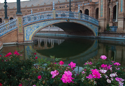 Pond and Bridge, Plaza de Espana