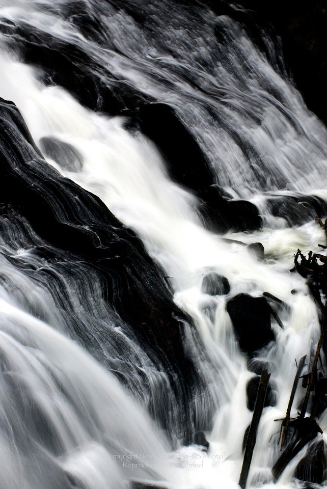 Gibbons Falls<br /> Yellowstone National Park