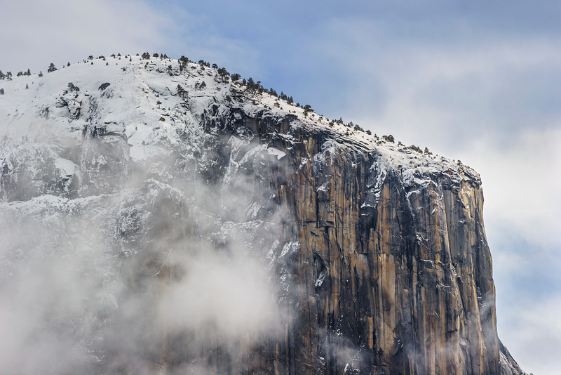 El-Capitain-in-Winter-Yosemite-National-Park-Snow-Fog-Clouds_DSC1385 -Calendar 2013