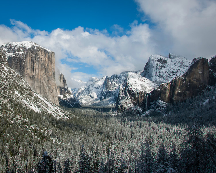 Tunnel View in morning