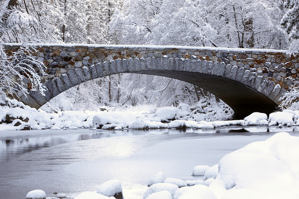 Pohone Bridge in Winter