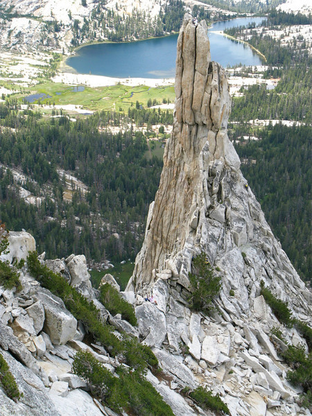 Eichorn Pinnacle, climbers on summit, Yosemite National Park, US