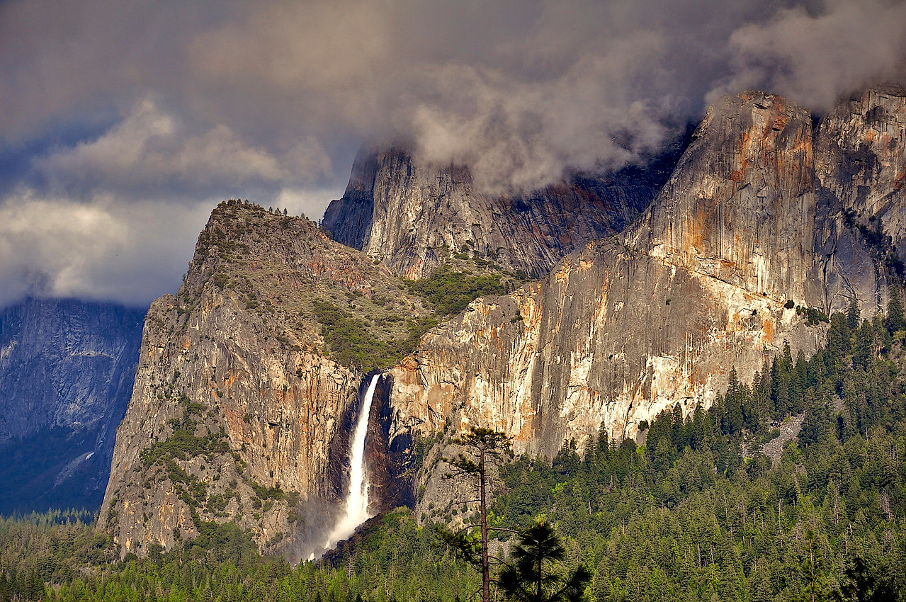 Bridalveil Falls, from Tunnel View, Yosemite National Park