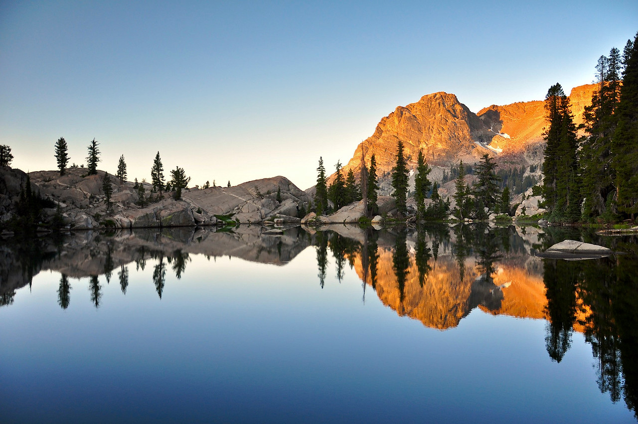 Sunrise, Sparkle Pond, Seavey Pass, Yosemite National Park
