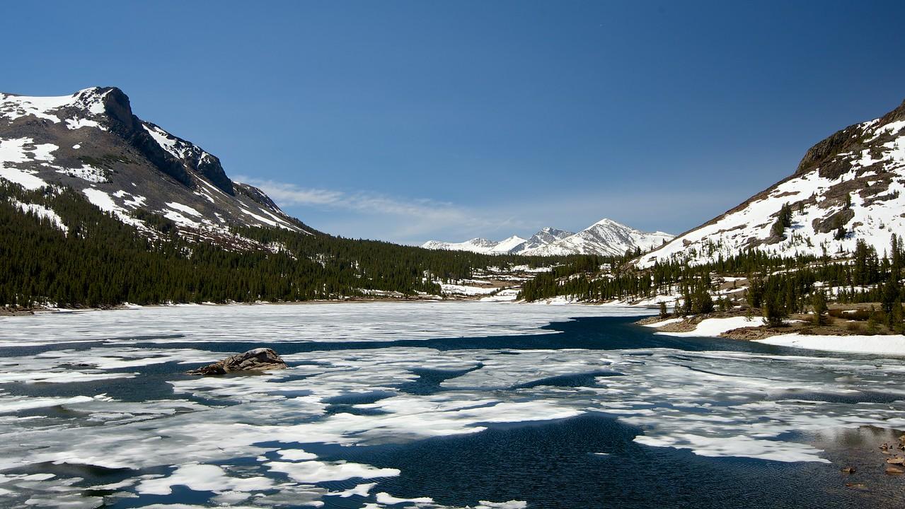 Tioga Lake, Mammoth Peak & Kuna Crest, Yosemite National Park