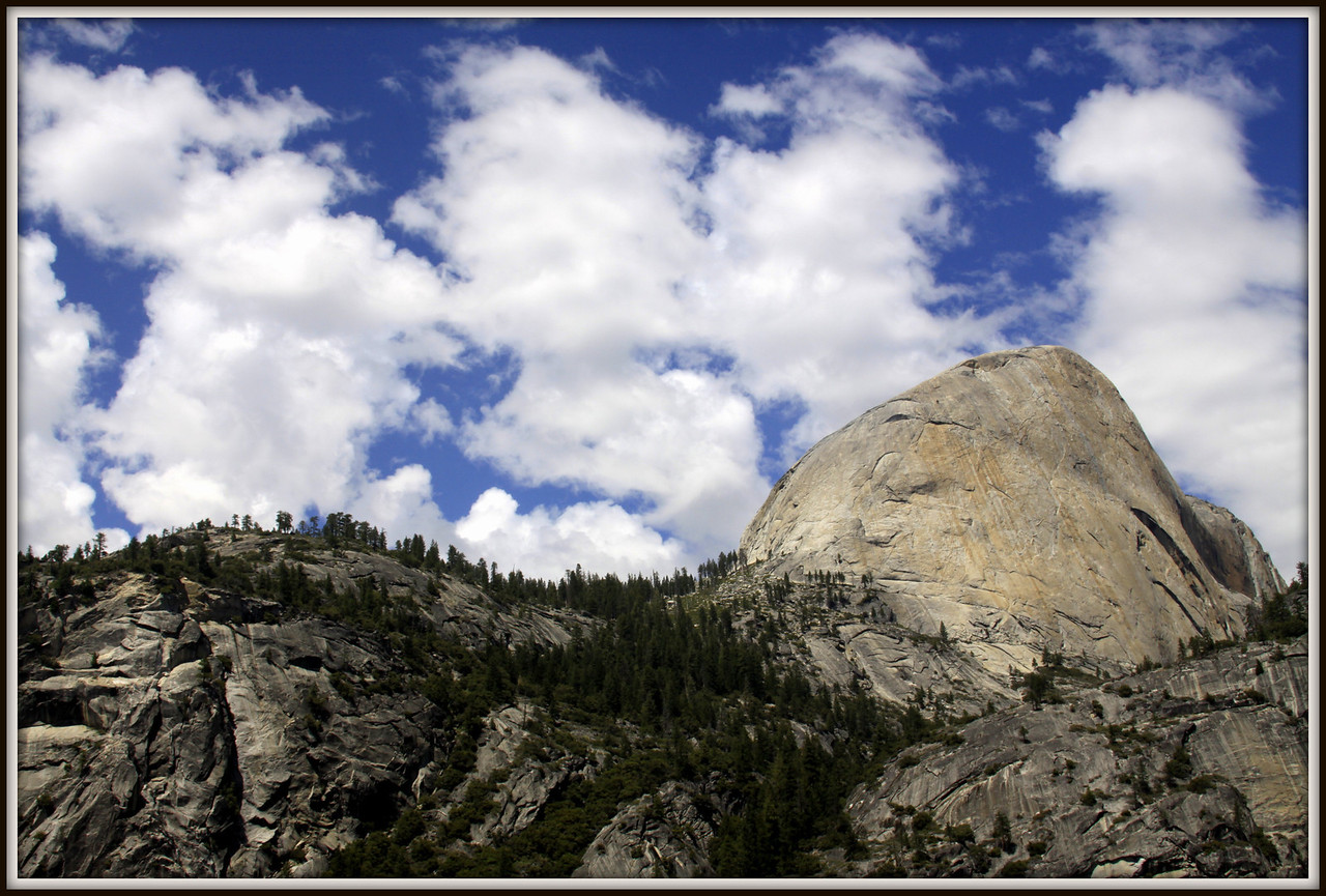lovely clouds and view on the John Muir trail