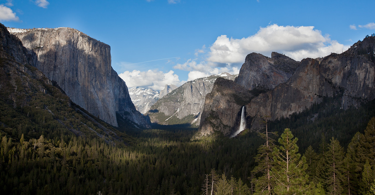 Tunnel View with Bridalveil Fall