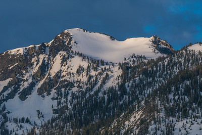 Lost Corner Mountain near Emerald Bay Snow at Sunrise