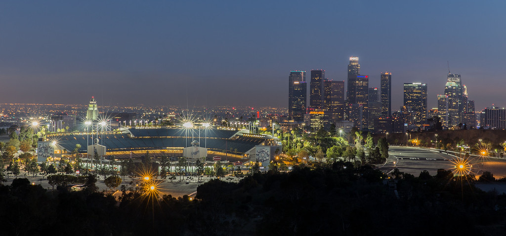 IMAGE: https://photos.smugmug.com/Landscapes/i-6z952L7/0/XL/DodgersvsBraves-60-XL.jpg