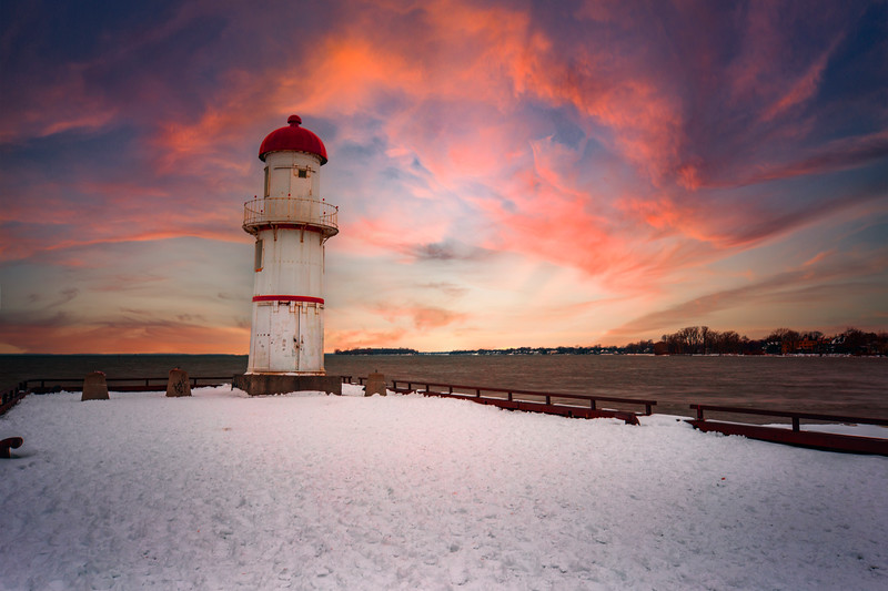 Red top light house.