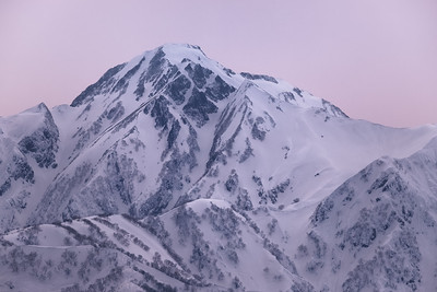 Looking across to Mt. Goryu (2,814m or 9,232 ft) from Mt Sobatsubu in the Japan Alps . I was recently passing though Tokyo and ducked out to the alps on the bullet train to catch up with a very old friend of mine from my rock climbing days. He now runs the beautiful White Silver Hakuba lodge with his wife. It's an epic base to hit up the nine ski resorts in the valley. The Hakuba area receives over 10 meters of snow per year with 135 lifts accessing over 200 runs and a heap of backcountry. Japan is one of the most mountainous countries in the world with ~73% of its total land mass covered by mountains (a comparable level to Norway). Hakuba, Honshu, Japan
