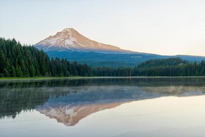 Trillium Lake Sunrise - Mount Hood-6