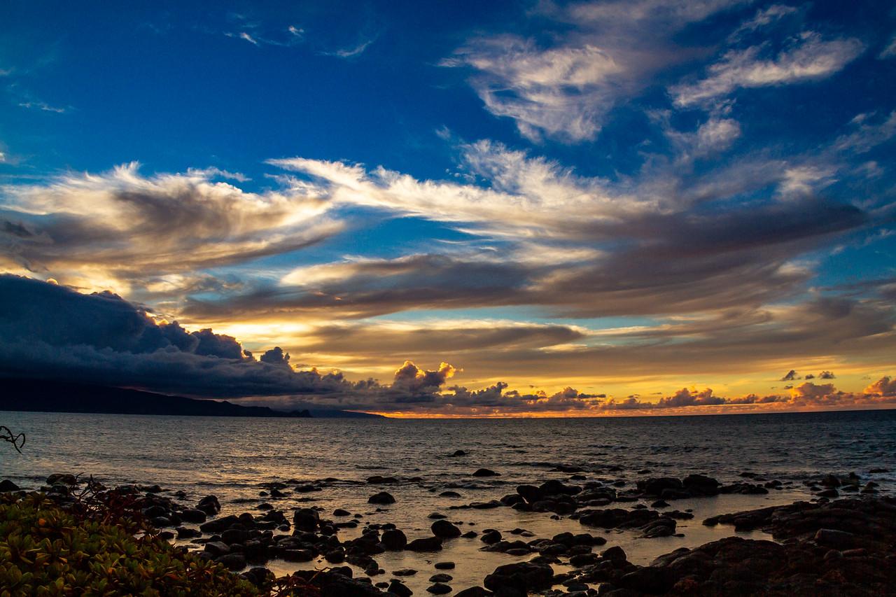 Sunset off Northshore of Maui