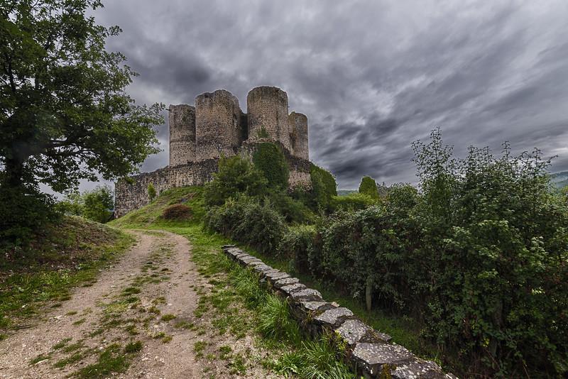 Ruine du château de Domeyrat, Haute-Loire, France