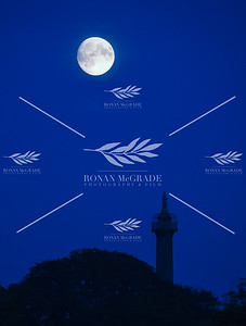Coles Monument Supermoon