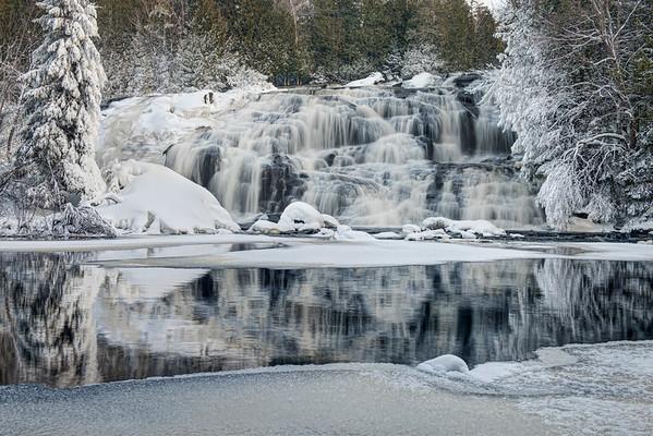 Lower Bond Falls- Winter (124)