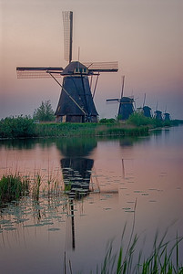 Kinderdyke windmills, Holland