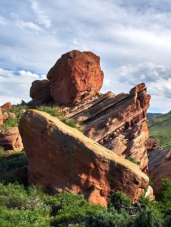 Symmetric Rocks