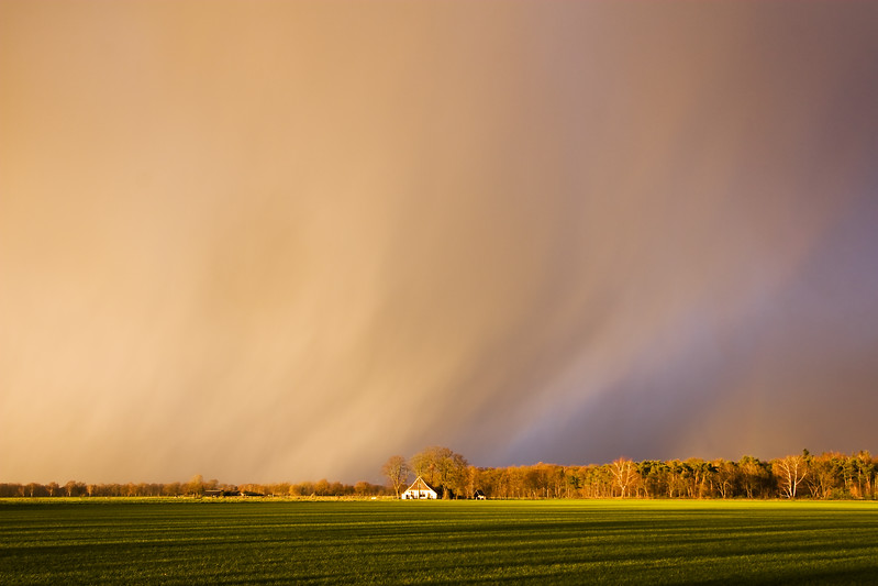 Oncoming hailstorm