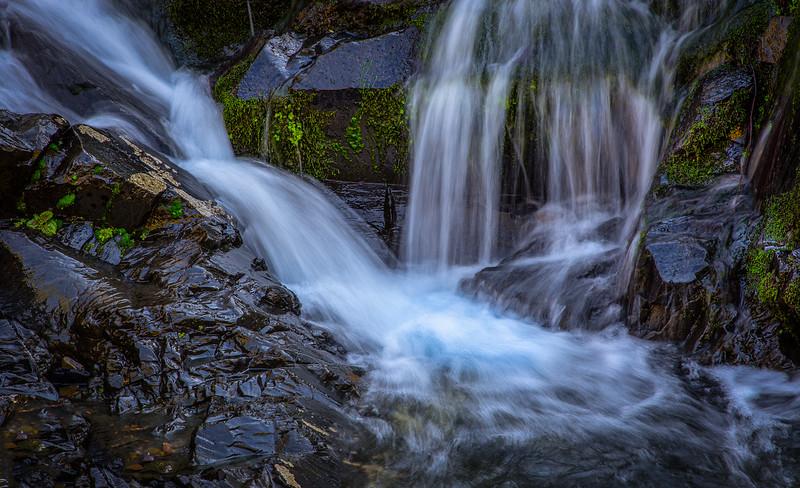 Seasonal Waterfall 8360