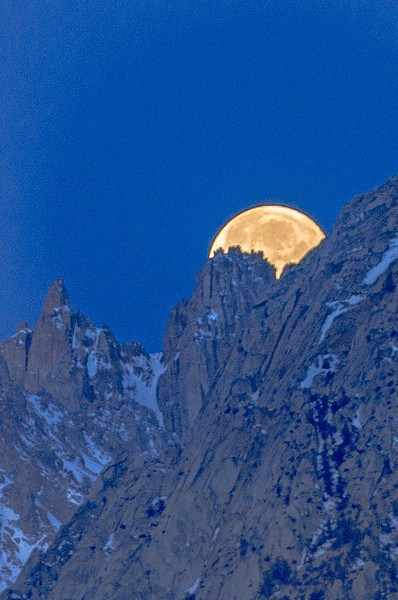 Moonset, Mount Whitney