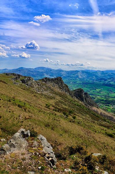 Vue sur l'Espagne du sommet de la Rhune - Aquitaine - France