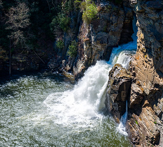 Linville Falls - Linville Gorge Wilderness - NC-11