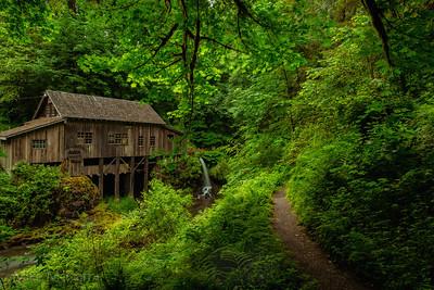 Spring at Cedar Creek Gristmill