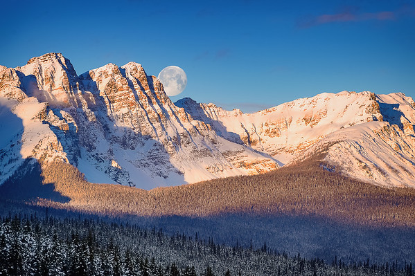 Super Moon Peaks Behind Boom Mountain (12x18) - NEW!