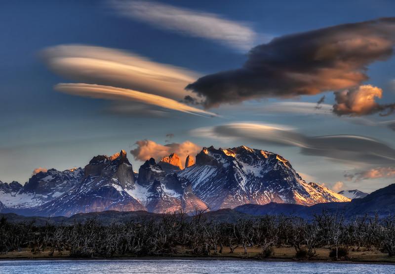 Lenticular Cloud over the Horns