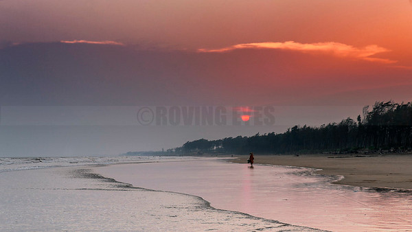 A5:Sun sets in Tajpur,West Bengal,a small fishing village