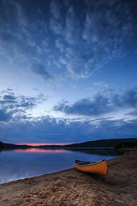 Sliver of light at Pog Lake