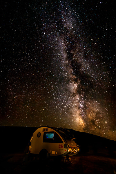 Teardrop T@B Camper under the Milky Way