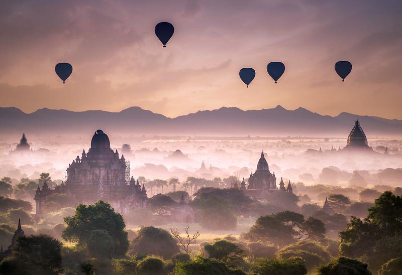 """Balloons Over Bagan"" @ Shwesandaw Pagoda (Myanmar)"